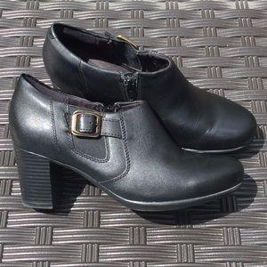 Clarks Collection heels